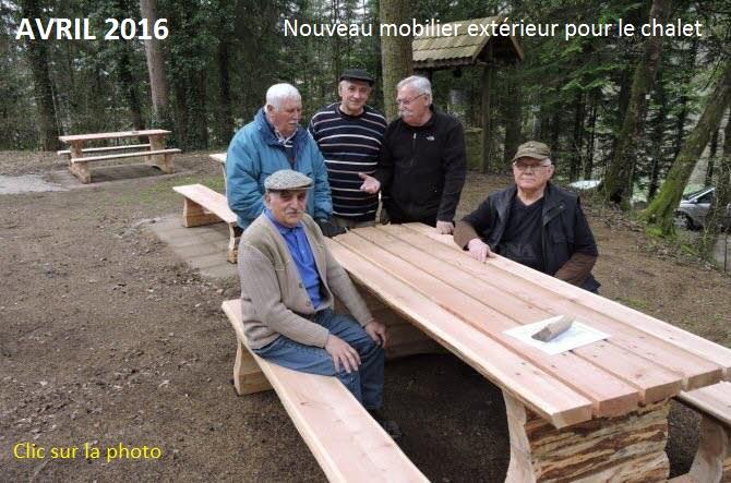 De nouvelles tables devant le chalet club vosgien - La table des chevaliers haguenau ...